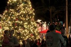 machine-christmas-by-the-sea-201221
